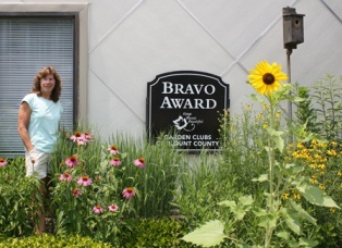 Bravo Sign